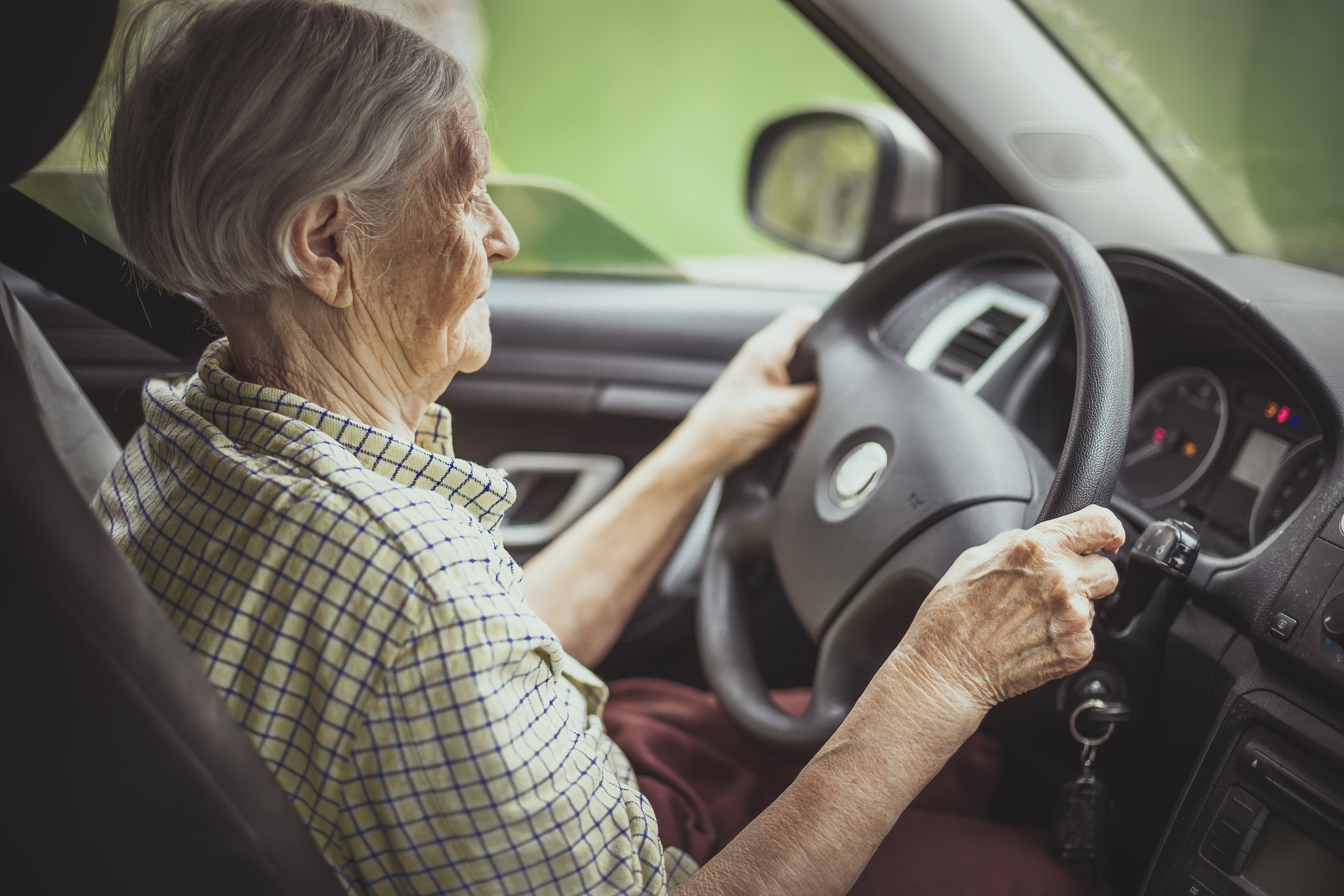 seniors driving Almost anyone can benefit from a comprehensive driving evaluation conducted by a professional, such as an occupational therapist and it's the best way to identify any specific changes necessary to improve your driving safety.